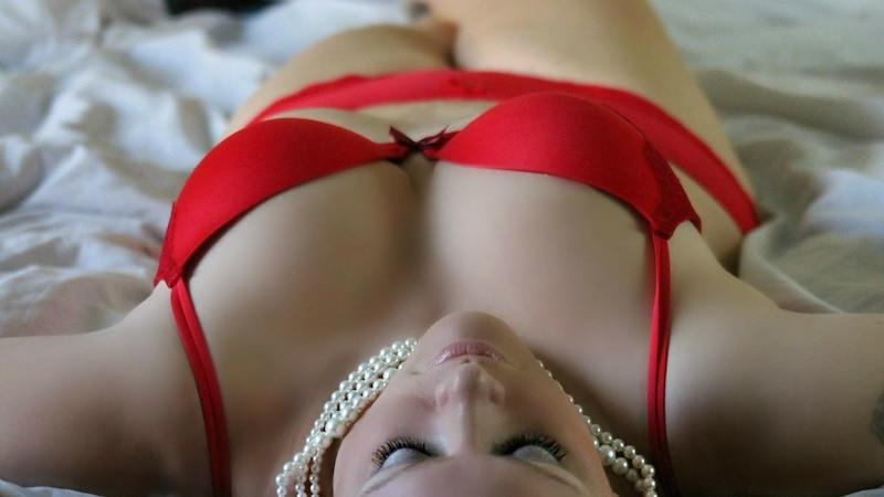 An der Brust abnehmen: Brüste natürlich verkleinern