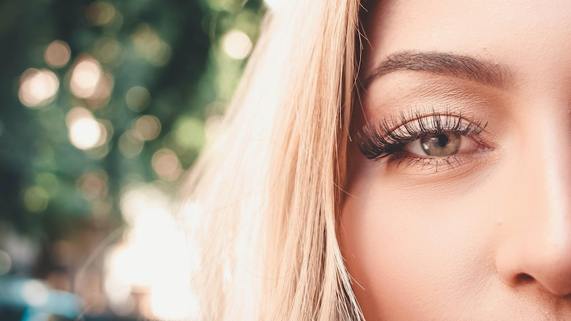 Wimpernverlängerung pflegen: Das sollten Sie wissen