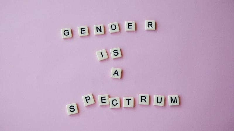 Geschlechtsidentität ist ein individuelles Thema, das weit über die Kategorien