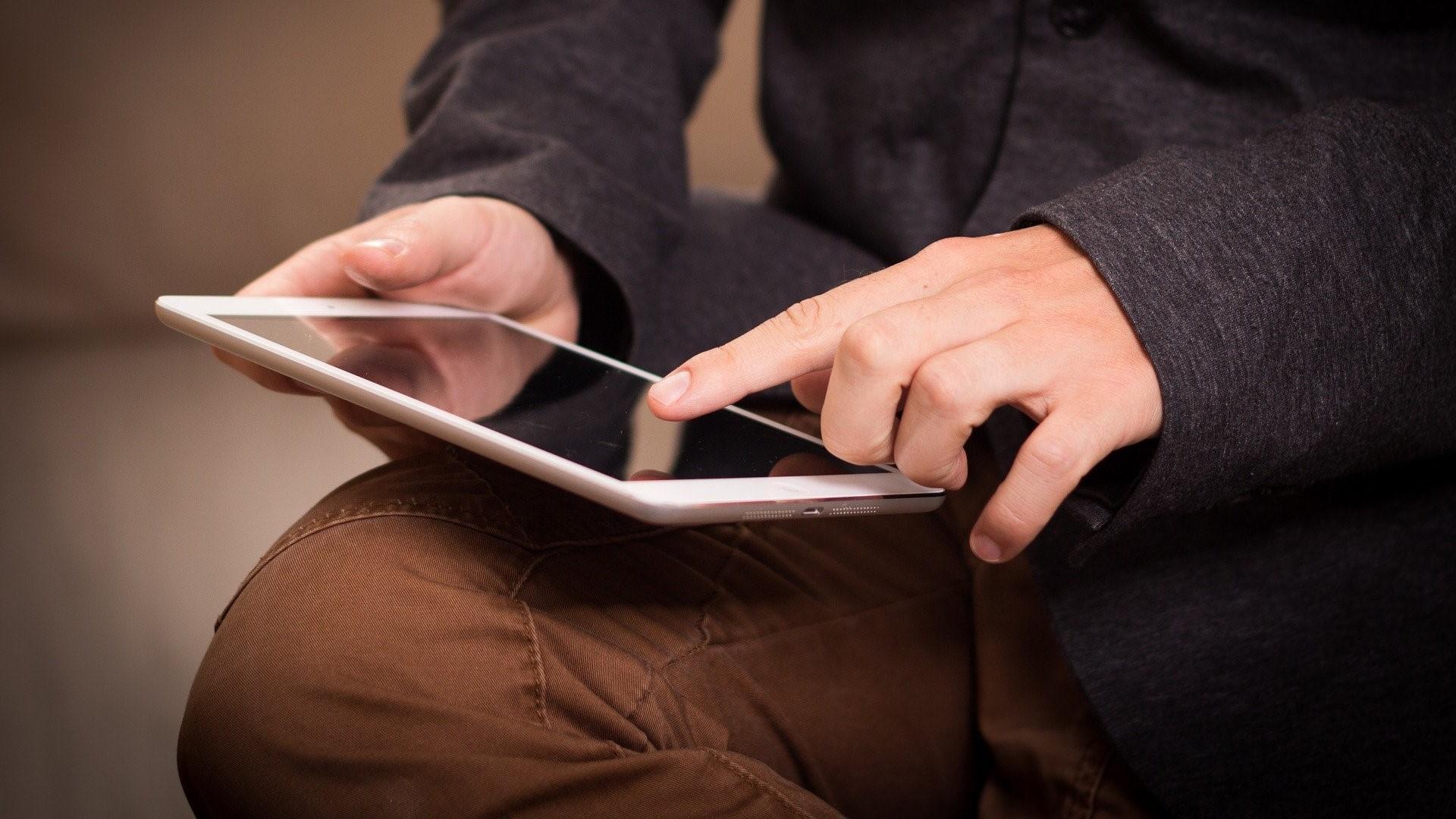 PDFs unterschreiben funktioniert auch unter iOS und Android.