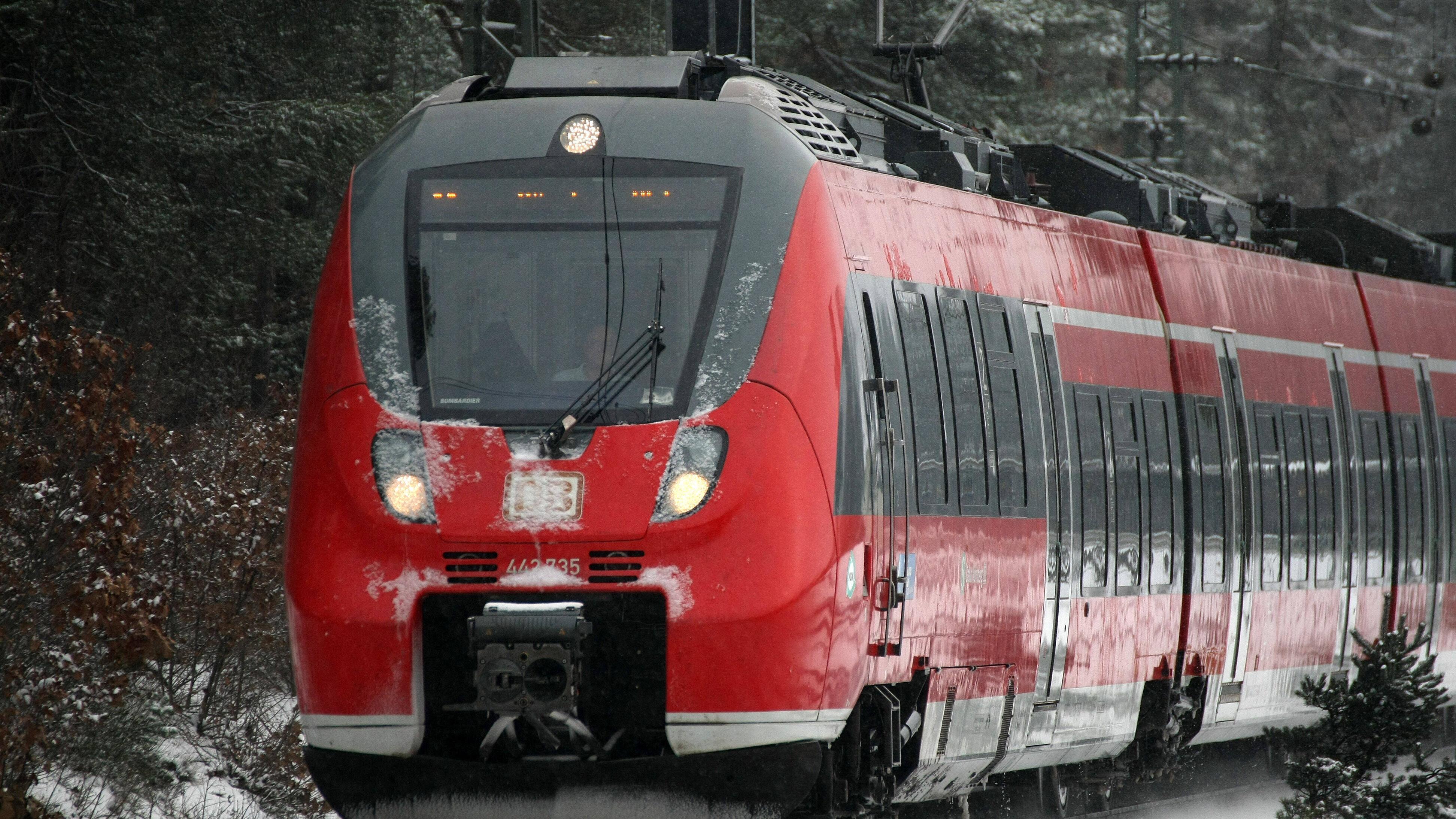 Alternativen zur Bahn im Nahverkehr und Fernverkehr