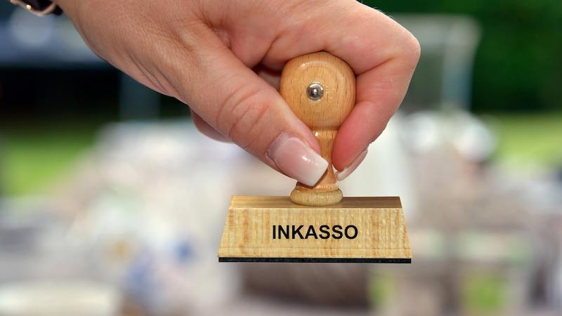 Was ist Inkasso? Darunter versteht man den Einzug fälliger Schulden.