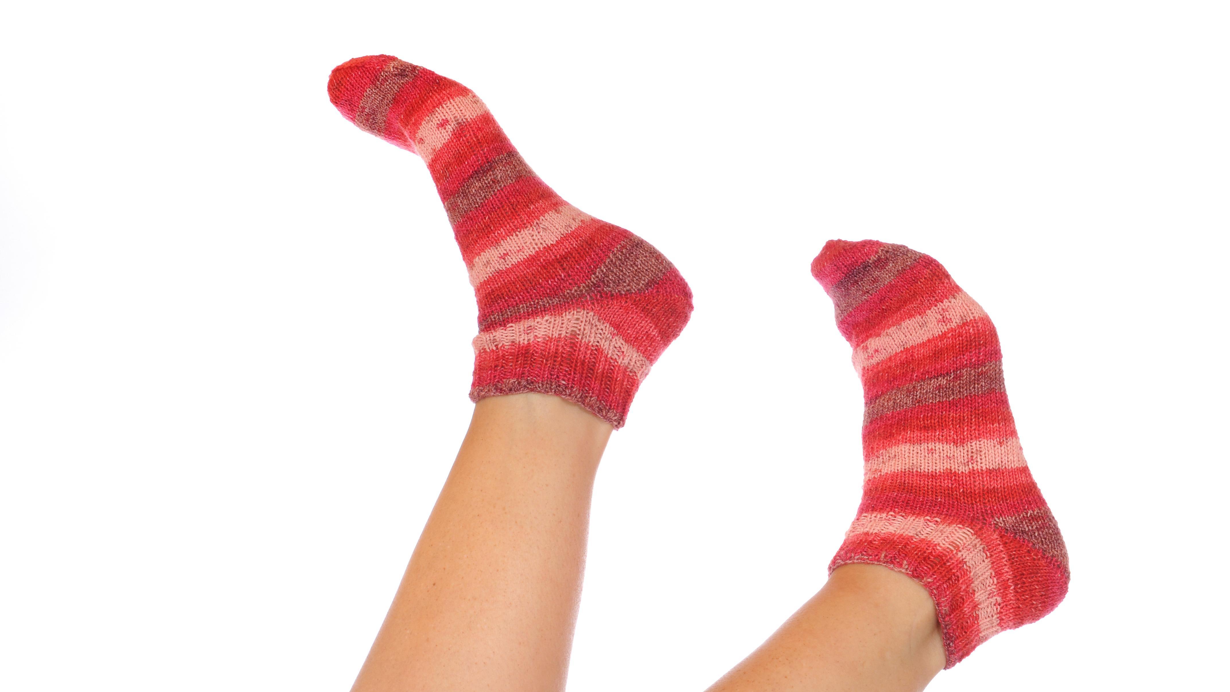 Hausmittel gegen kalte Füße: Mit diesen Tipps bekommen Sie die Füße warm