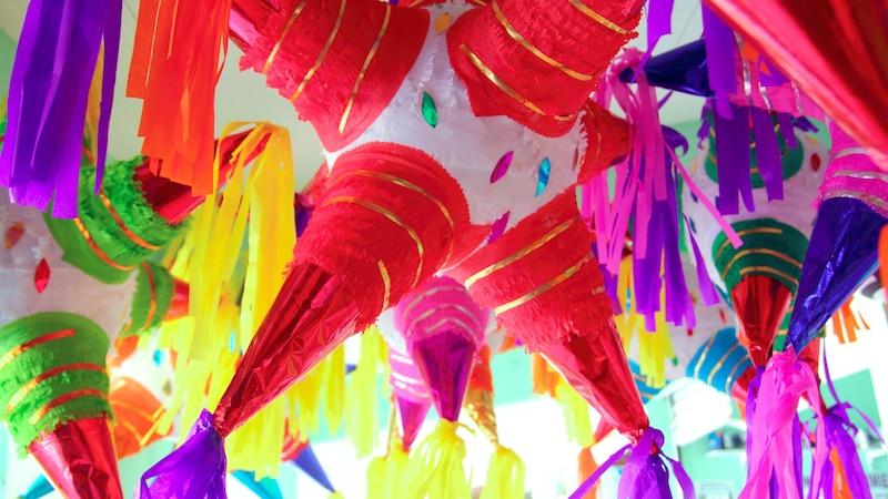 Piñata zur Hochzeit: Regeln für das Spiel und Bastelanleitung
