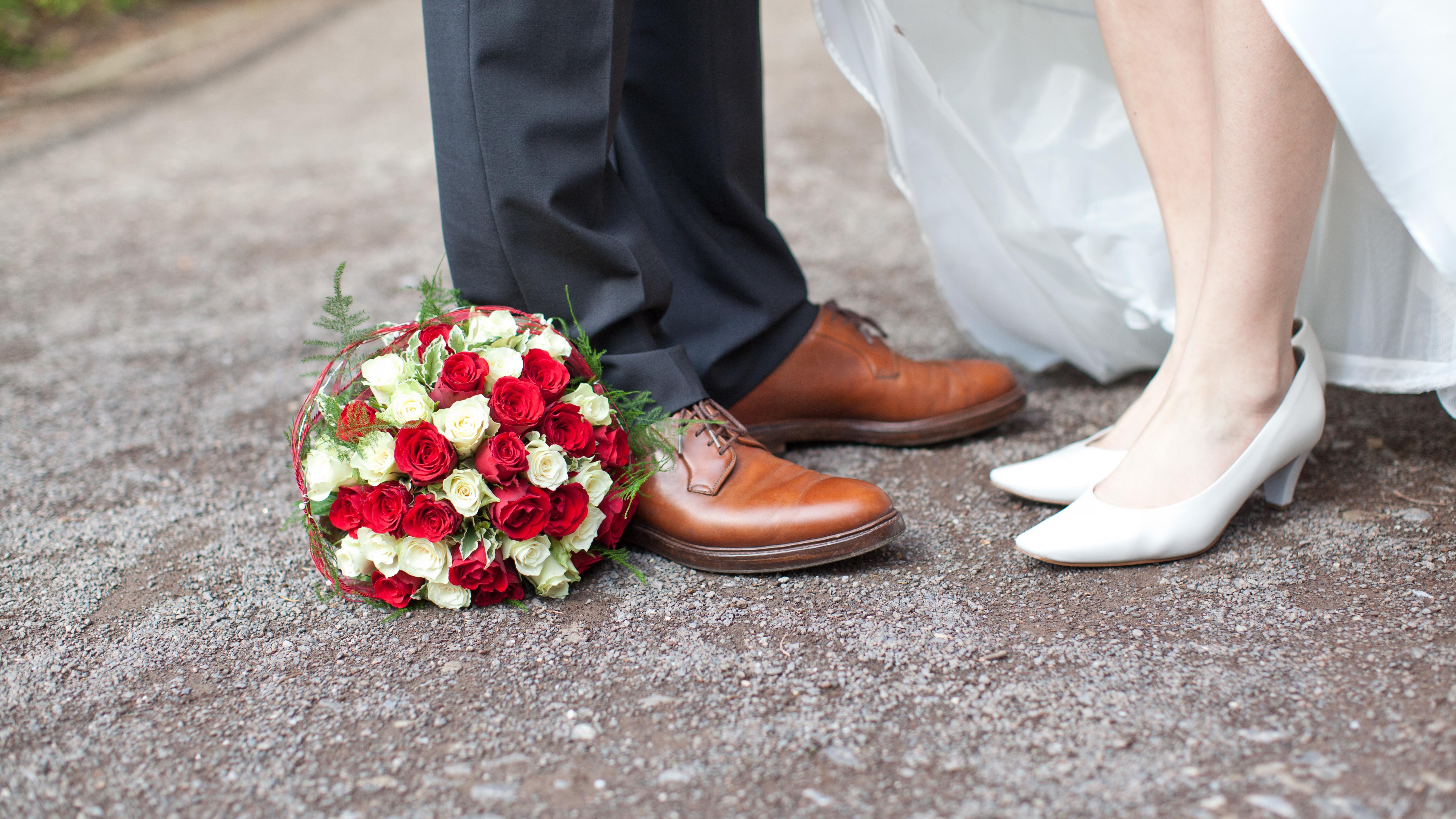 Russische Hochzeit: Was Sie erwartet und was Sie als Gast wissen sollten