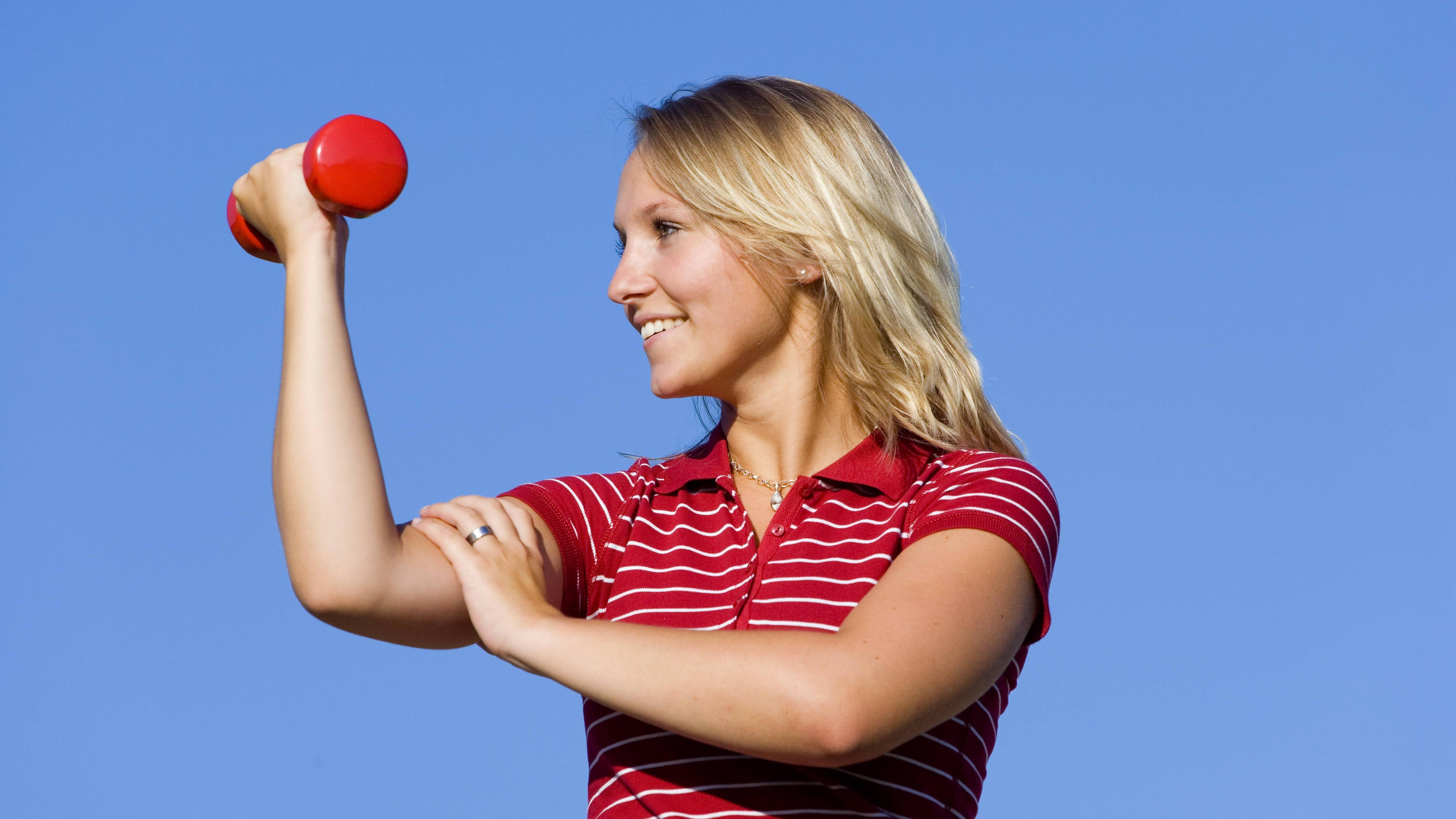 Arme trainieren: 7 gute Übungen für straffe und starke Arme