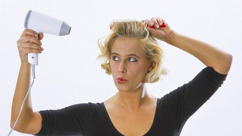 Fettige Kopfhaut: Ursachen & was Sie dagegen tun können