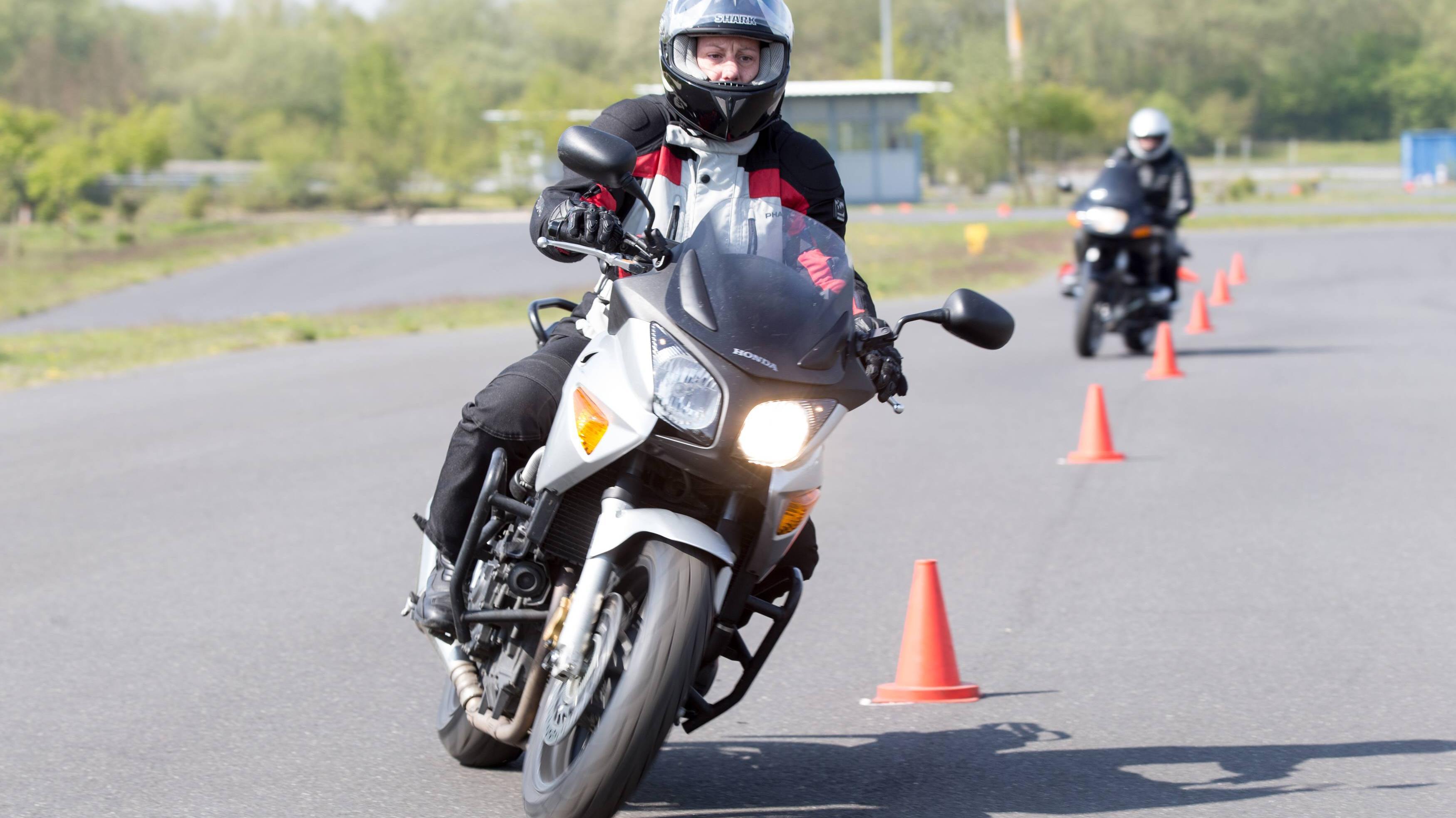 Fahrsicherheitstraining mit dem Motorrad: Ablauf und Kosten