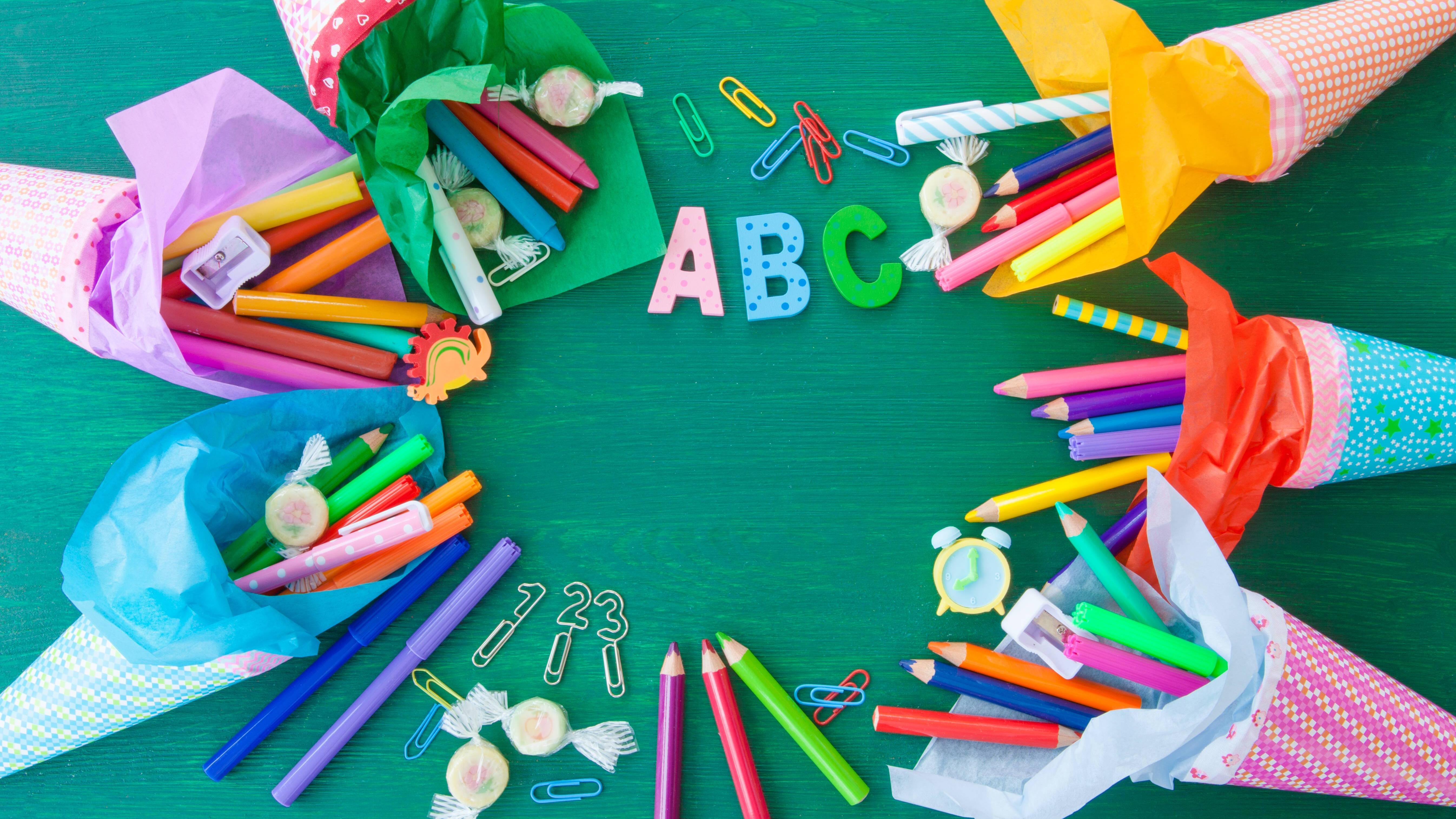 Checkliste: Was kommt alles in die Schultüte?