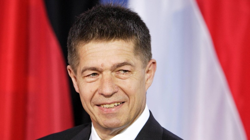 Joachim Sauer war bis 2017 Professor für physikalische und theoretische Chemie an der Berliner Humboldt-Universität.
