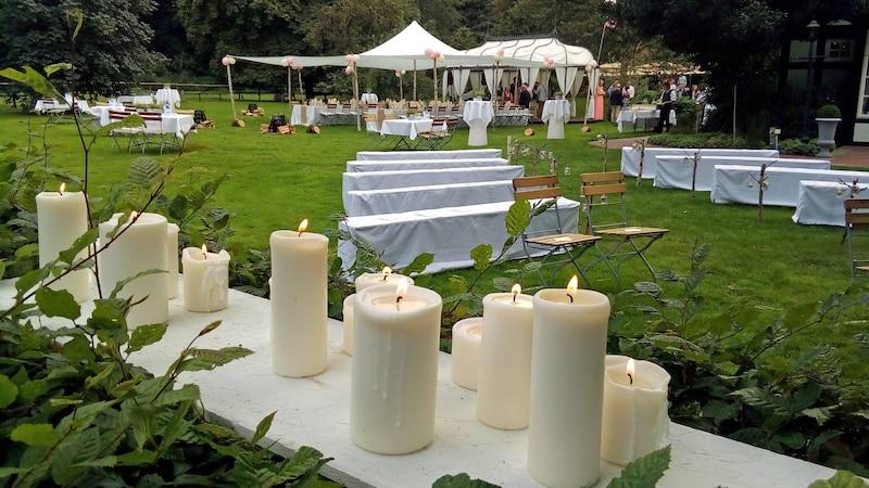 Hochzeit im Garten: Tipps für Gestaltung und Organisation der Gartenhochzeit