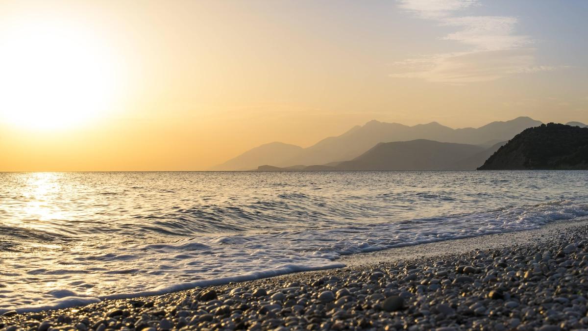 Sonnenuntergang am Lukova-Beach