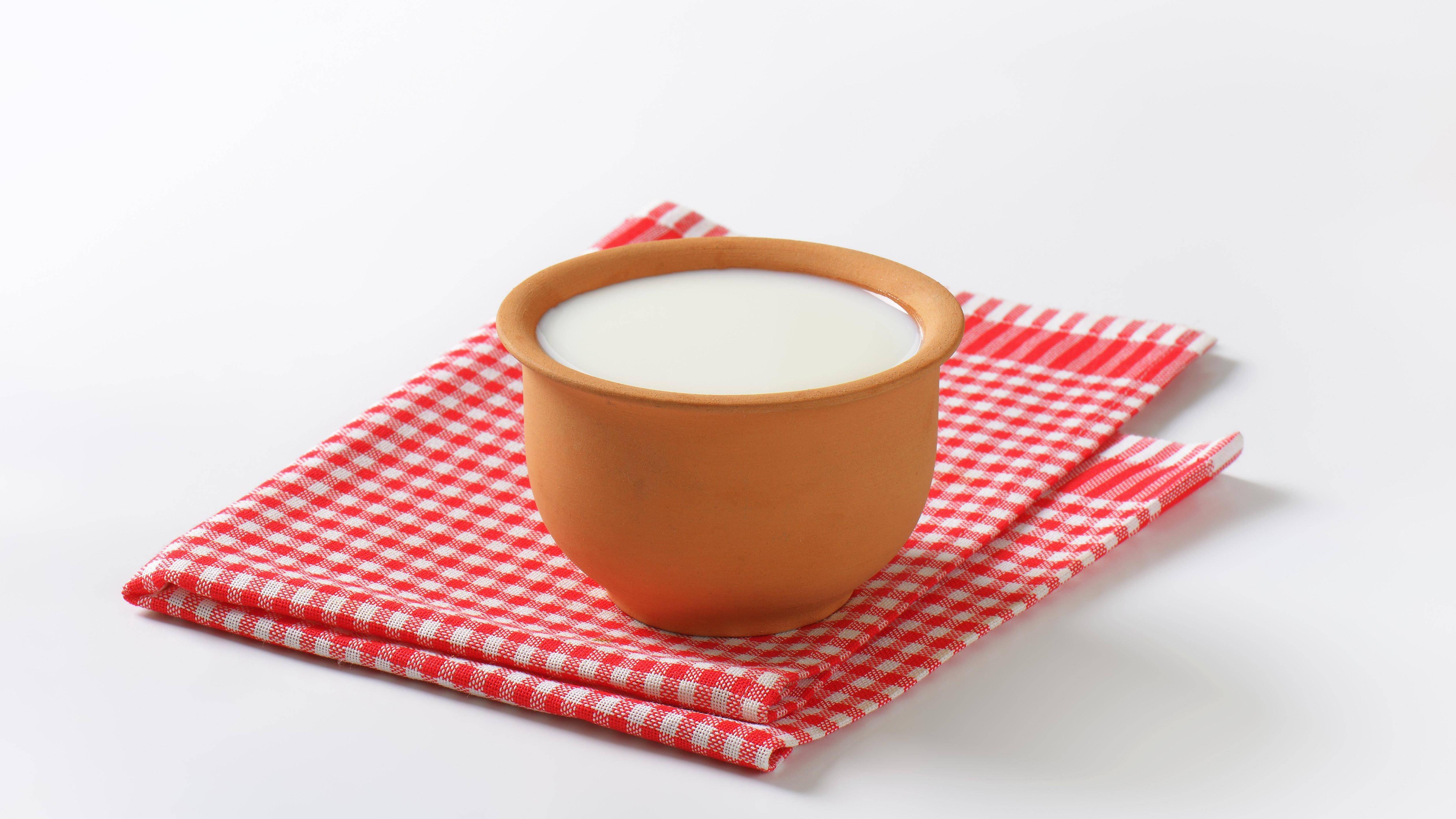 Buttermilch soll ebenfalls gegen Wühlmäuse helfen.