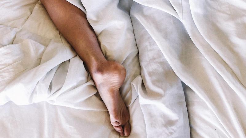 Mit oder ohne Socken schlafen: Was Sie darüber wissen sollten