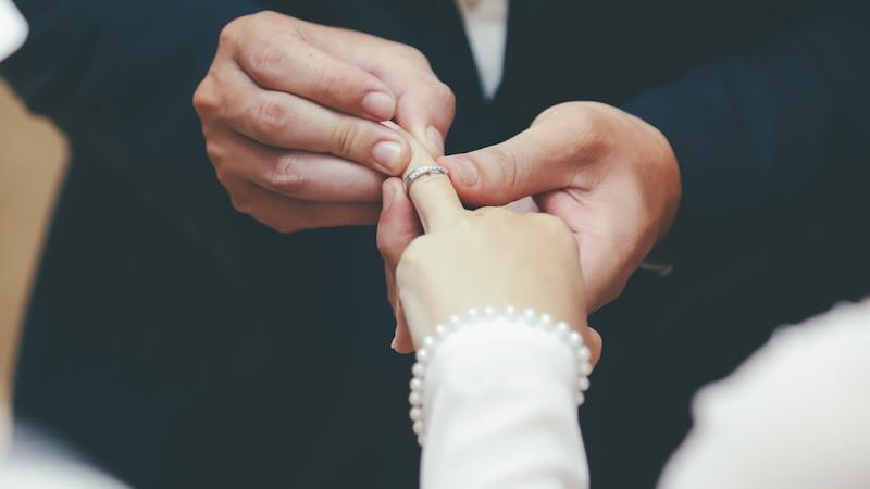 Das Lied für den Hochzeitseinzug: Worauf Sie bei der Liedauswahl achten sollten