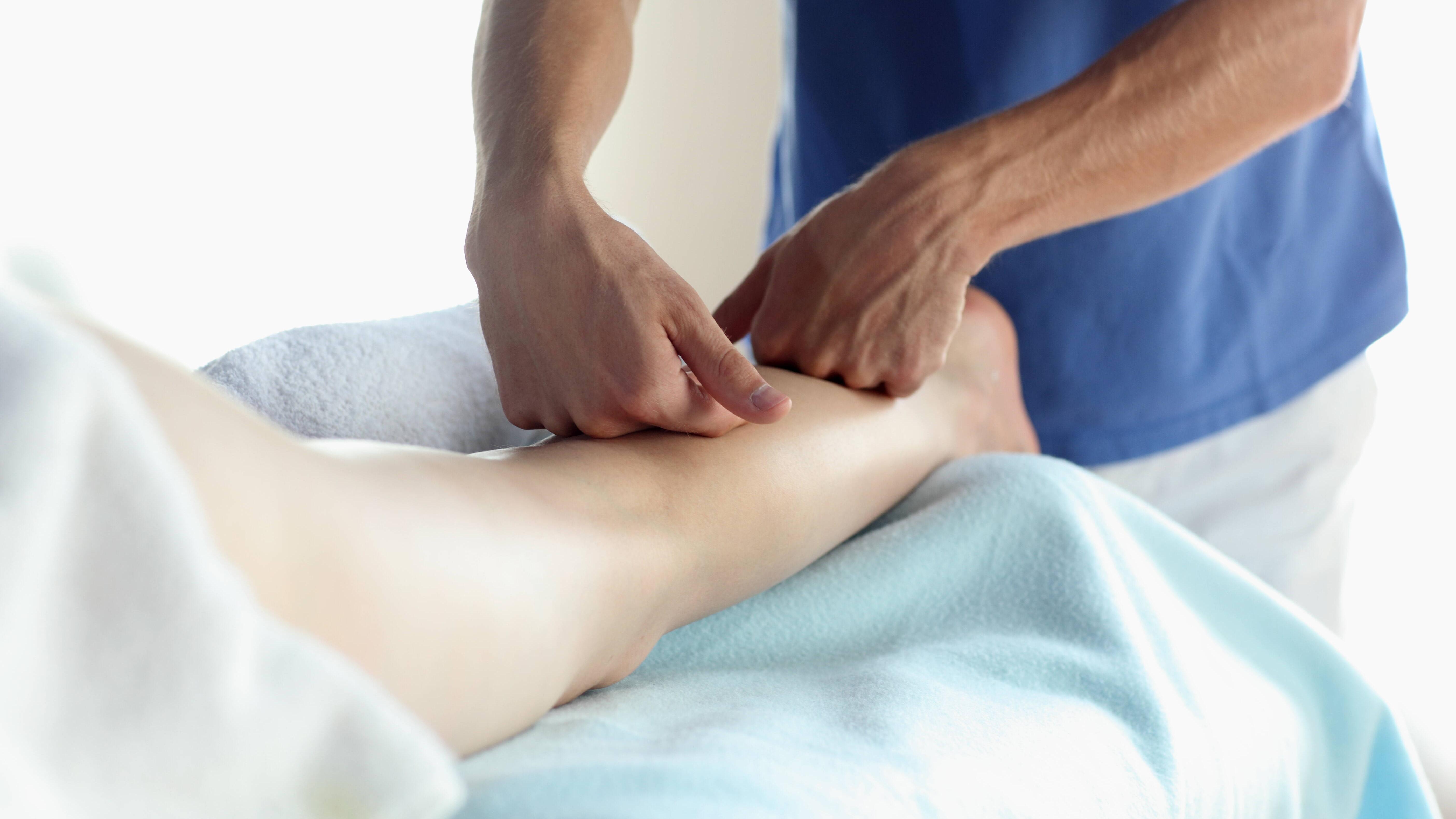 Schmerzen in der Wade im Ruhezustand: Mögliche Ursachen