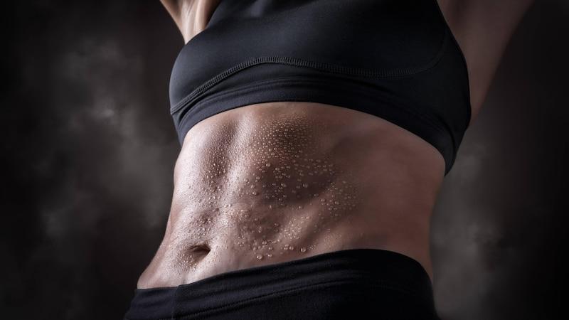 Der Trend für die Bauchmuskeln: Bauch einziehen