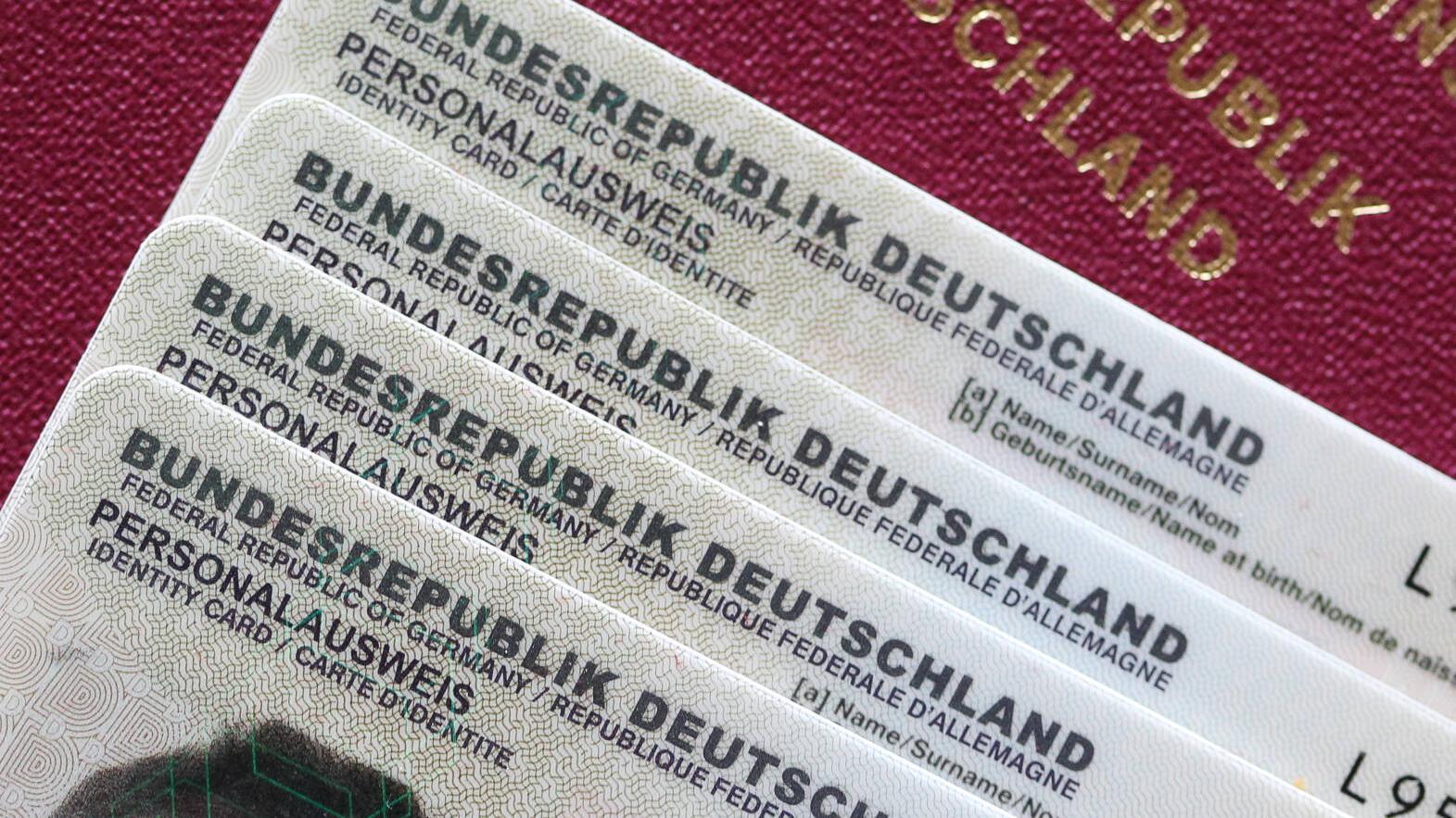 Reisepass statt Personalausweis nutzen: Das müssen Sie wissen