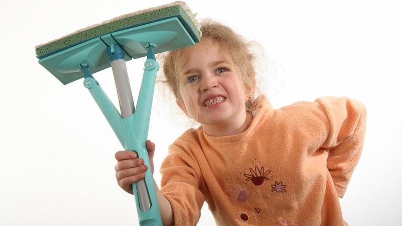Hohlkreuz bei Kindern: So beugen Sie Haltungsschäden beim Kind vor