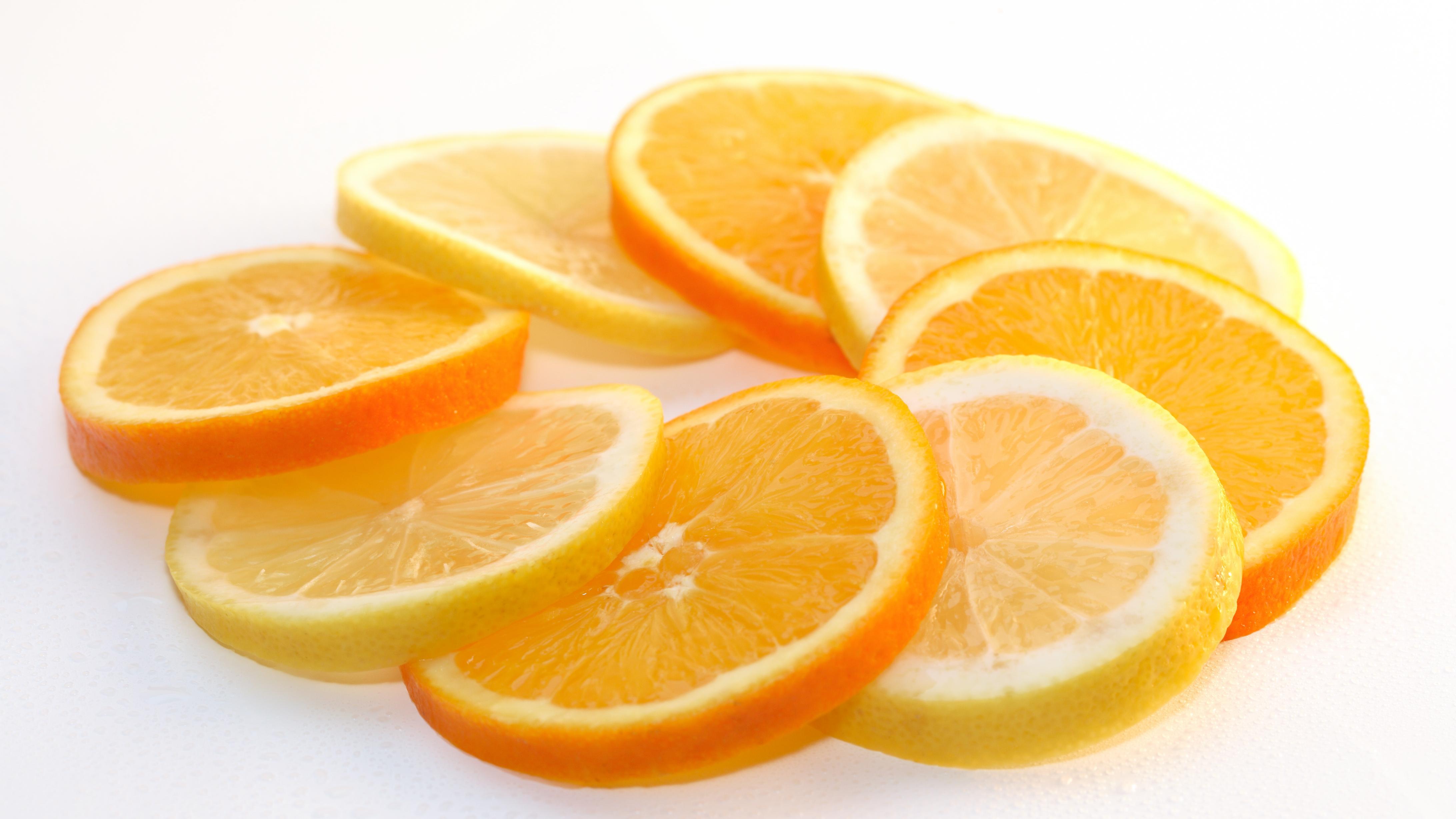 Lagern Sie Orangen nur im Notfall im Kühlschrank.