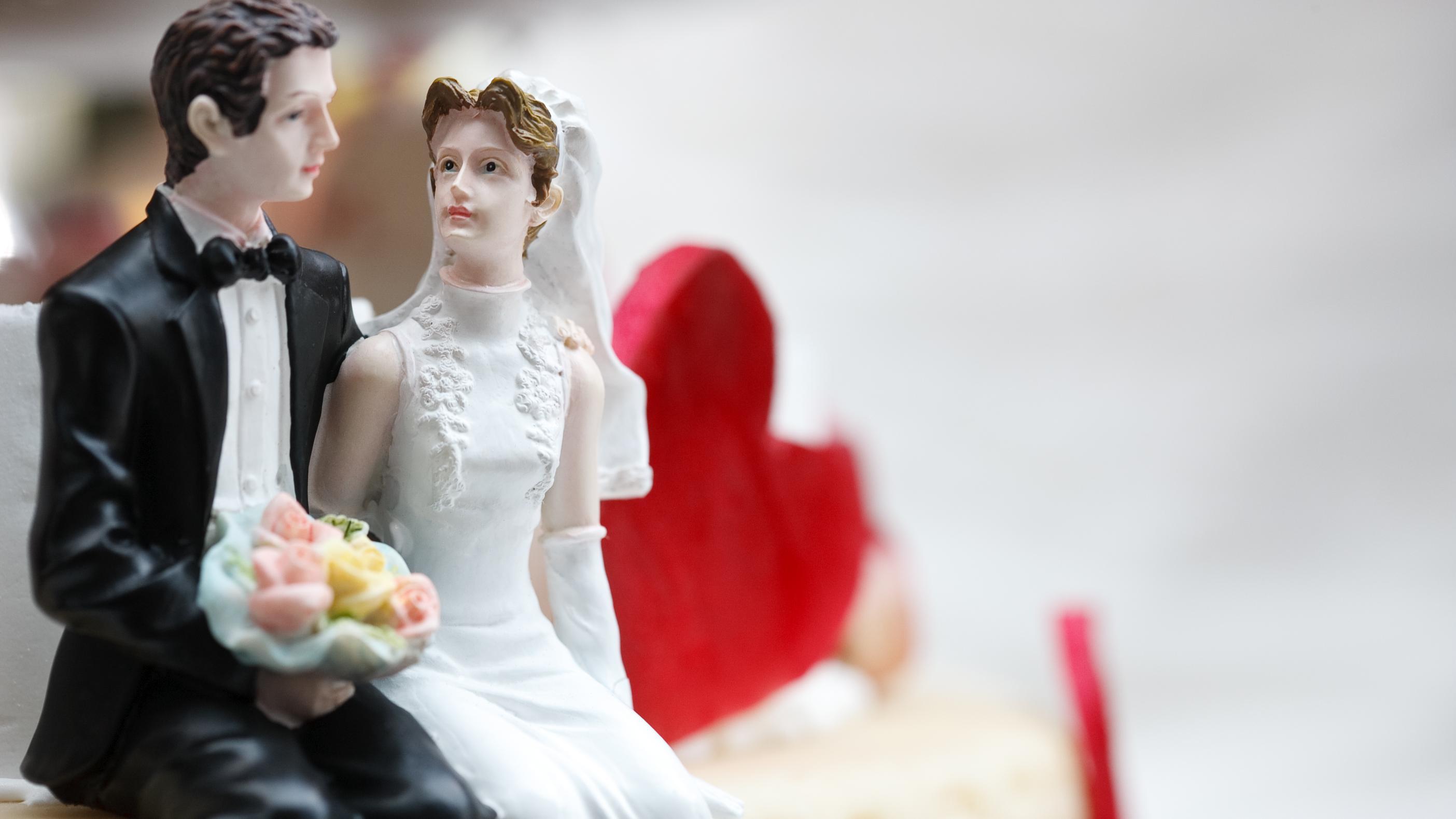 Hochzeitstorte: Welche Preise Sie erwarten und wo Sie sparen können