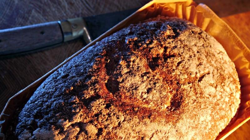 So halten Sie Brot länger frisch und bewahren den leckeren Geschmack.