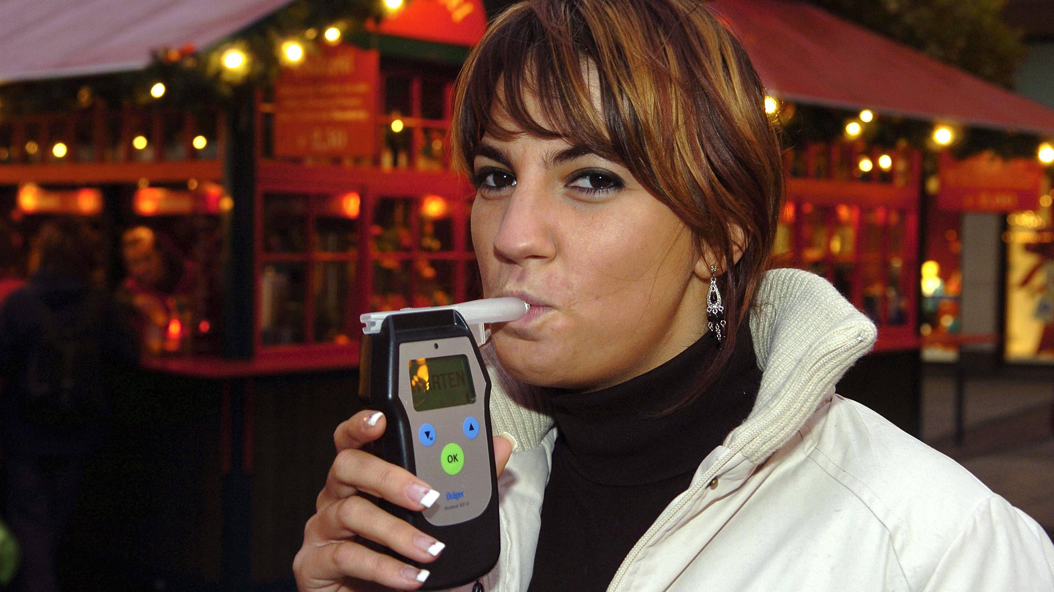Wie viel Promille Sie nach einem Bier haben, lässt sich mit einem Alkoholtest herausfinden