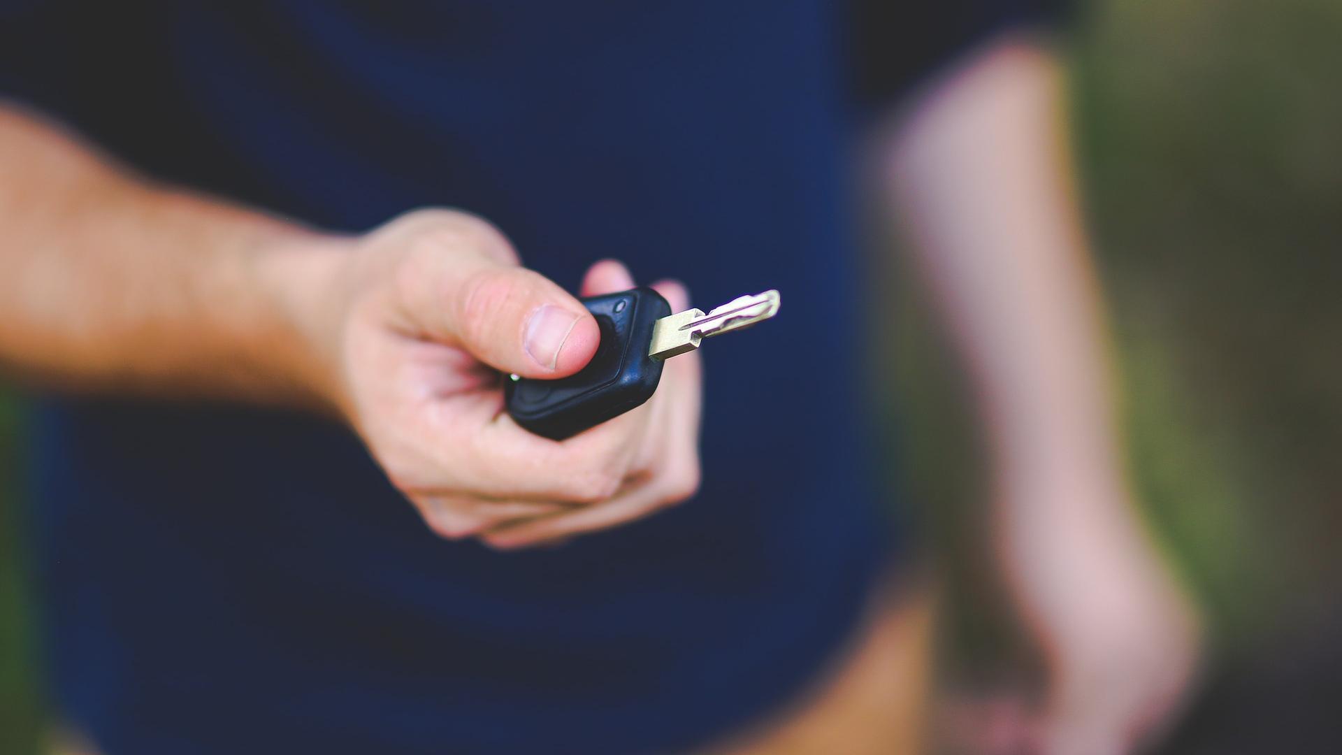 Auto öffnen ohne Schlüssel: Die 3 besten Tipps und Tricks