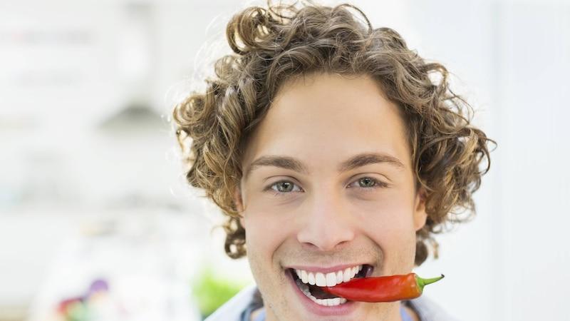 Zu scharf gegessen: Das können Sie tun, wenn`s im Rachen brennt