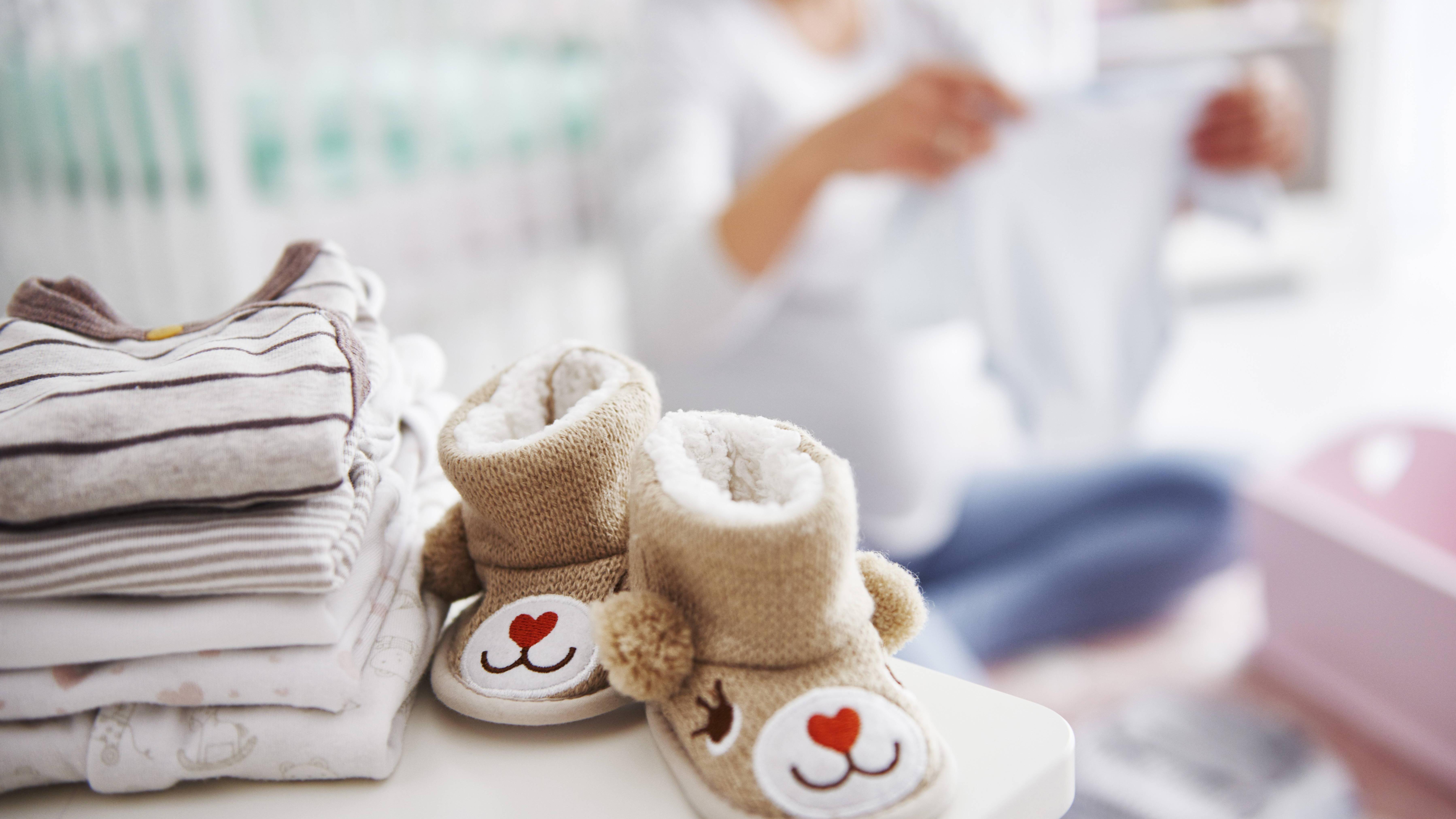 Erstausstattung fürs Baby vom Jobcenter: Alle Infos