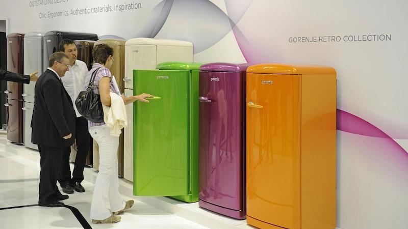 Kühlschrank folieren: Tipps zu Material und Technik