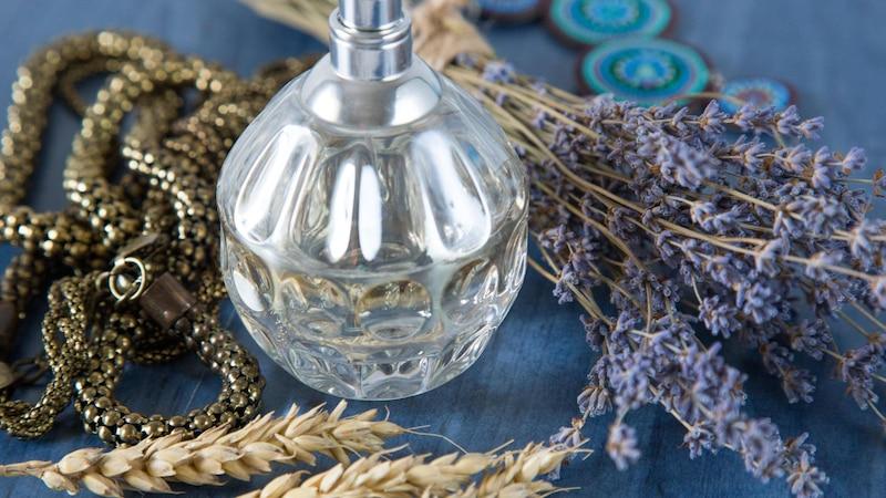Lavendelspray selber zu machen sorgt für die Sicherstellung der Wirkung.