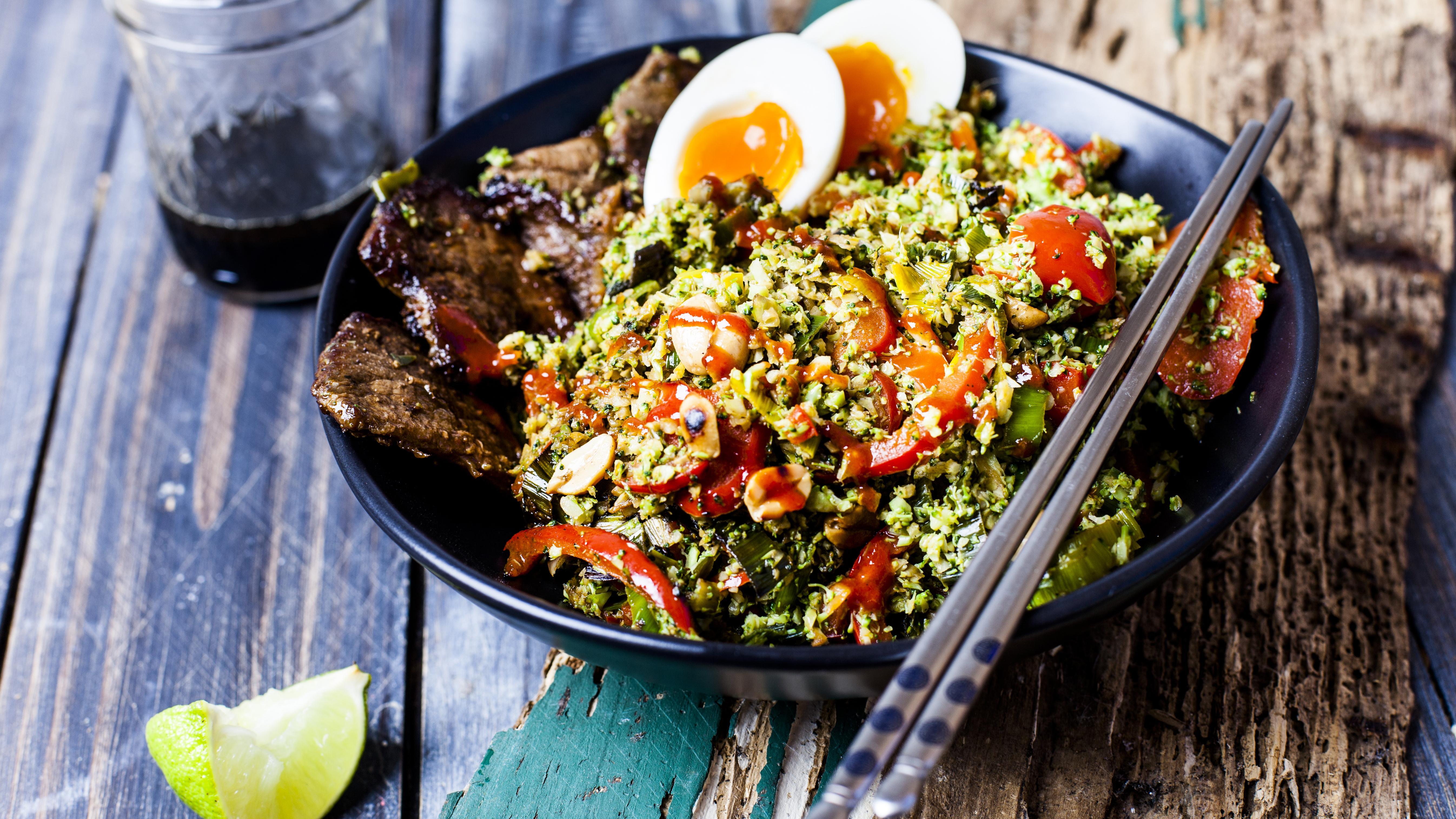 Ketogene Ernährung: Vor- und Nachteile der Low-Carb-Diät