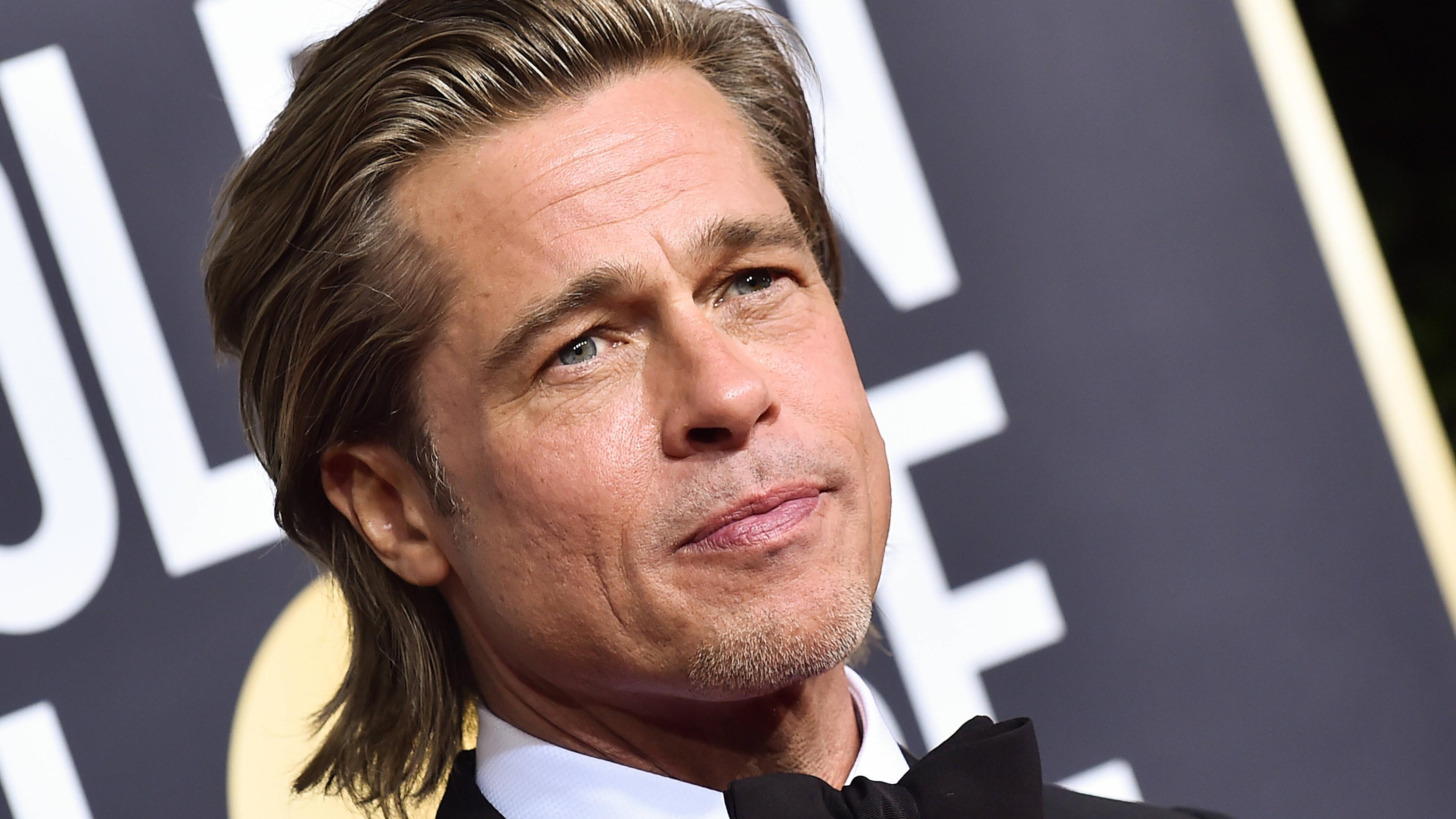 Auch Brad Pitt setzt in Sachen Frisur gerne auf den Bro Flow.