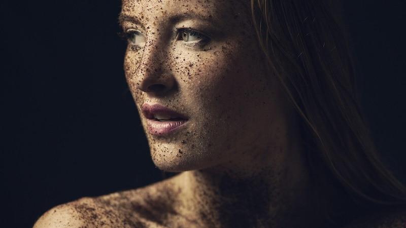 Für eine Makellose Haut: Die Lichttherapie und ihre Wirkung
