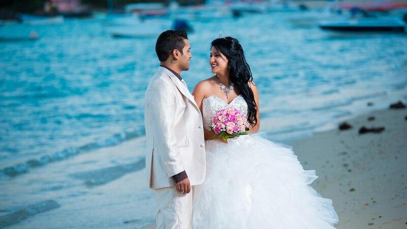 Hochzeit am Strand: So funktioniert es in Deutschland