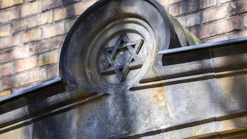 Antisemitismus: Was antisemitisch bedeutet