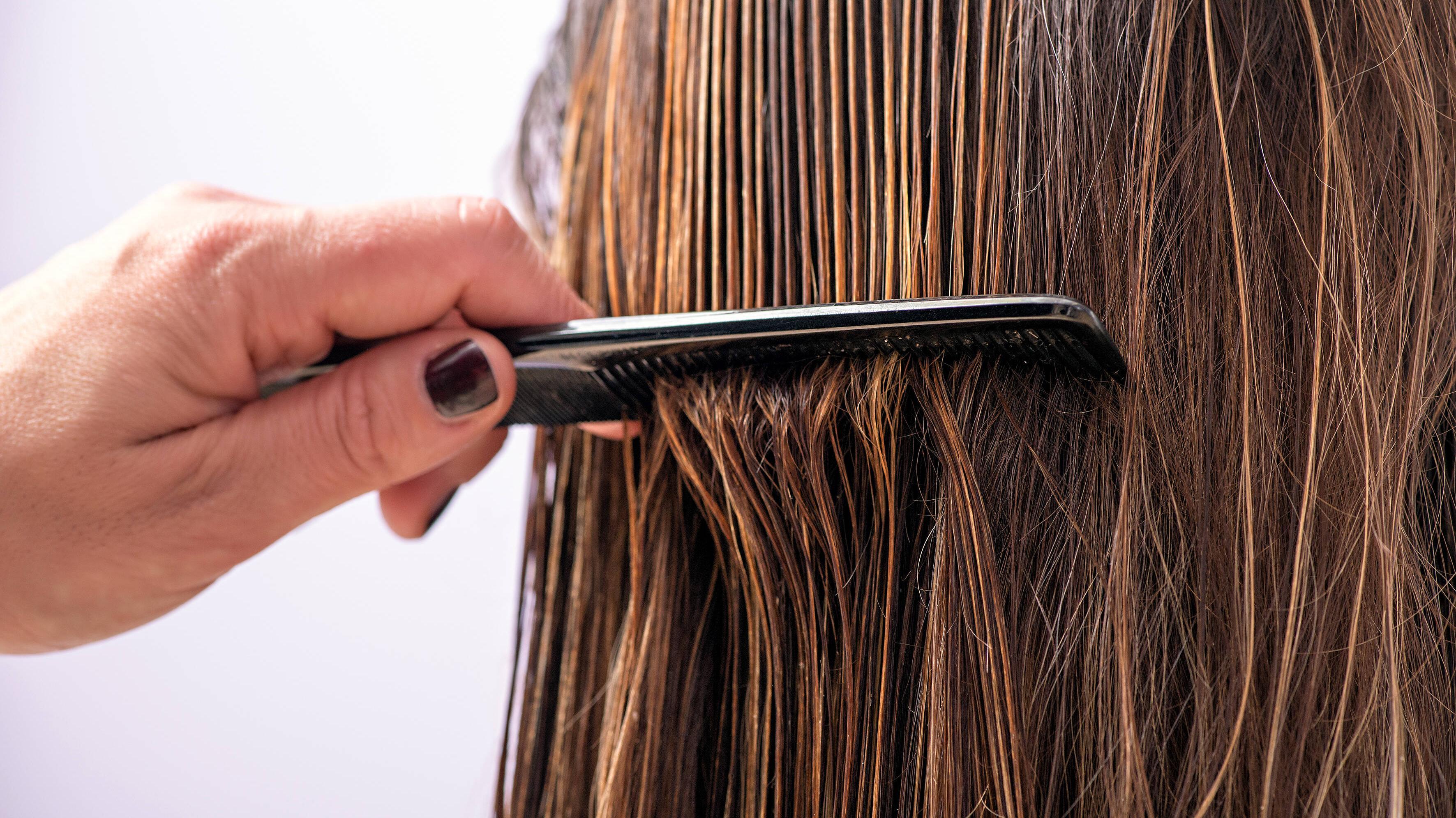 Hanföl für die Haare: Wirkung und Anwendung