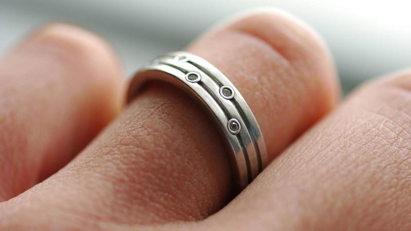Nicht jeder Ring lässt sich professionell verkleinern.