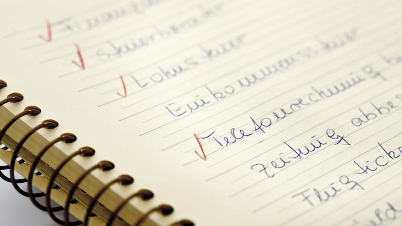 Eine To-Do-Liste hilft Ihnen dabei, Ihren Tag besser zu strukturieren und Ihre Work-Life-Balance zu verbessern.
