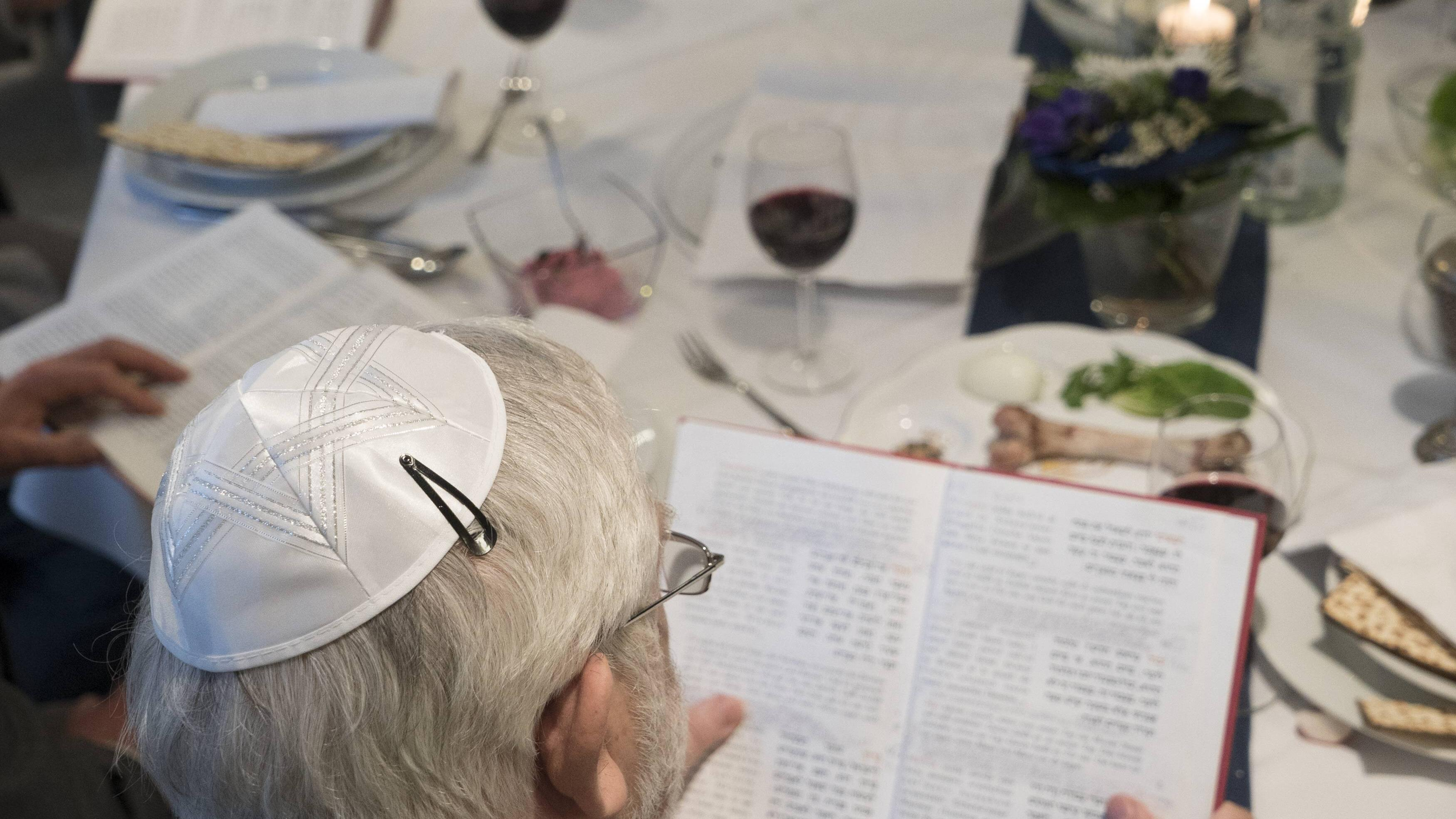 Sederabend: Wann und wie wird der Sederabend gefeiert?