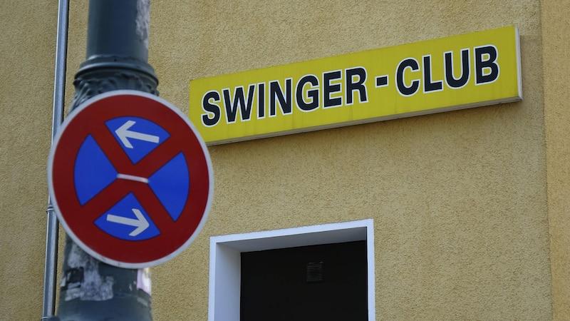 Bei einem Besuch im Swingerclub sollten die Regeln eingehalten werden.