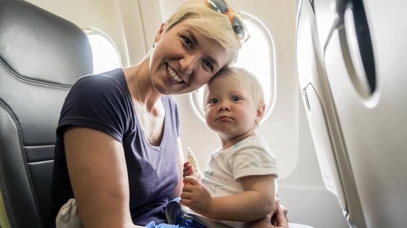 Darf ein Kinderwagen ins Flugzeug? Alle Infos im Überblick