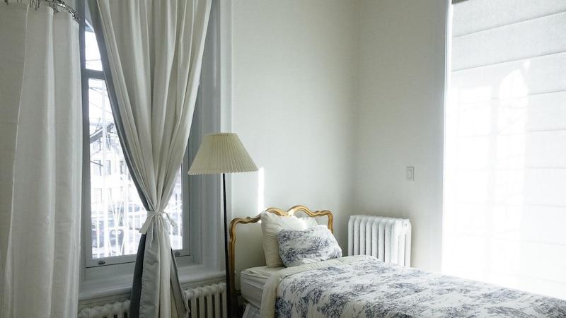 Schlafzimmer abdunkeln: Tipps, Ideen und Möglichkeiten