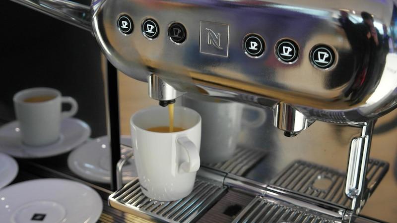 Kaffeemaschine entkalken mit Zitronensäure: Das sollten Sie beachten