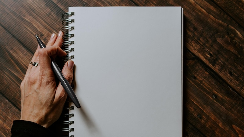 Wie man ein Tagebuch schreibt: So starten Sie am besten durch