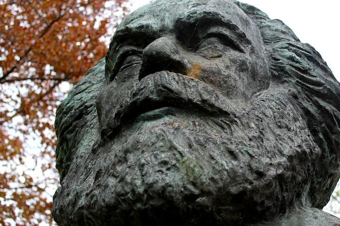 Kommunismus und Sozialismus: Das ist der Unterschied