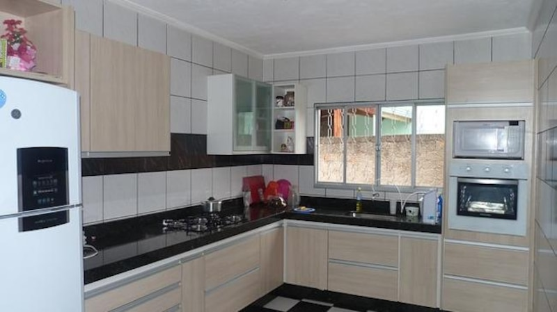 Auf manchen Webseiten werden Küchen verschenkt (Bild: Pixabay)