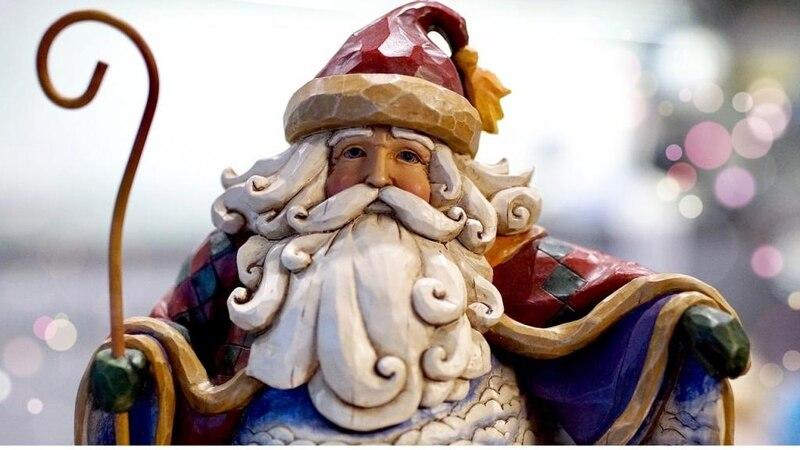 Dieser Weihnachtsmann hat noch seinen Bischofsstab (Bild: Pixabay)