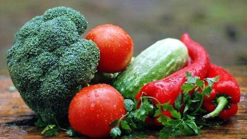 Viele Gemüsesorten eignen sich fürs Fondue.